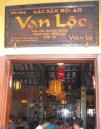Nhà hàng Vạn Lộc