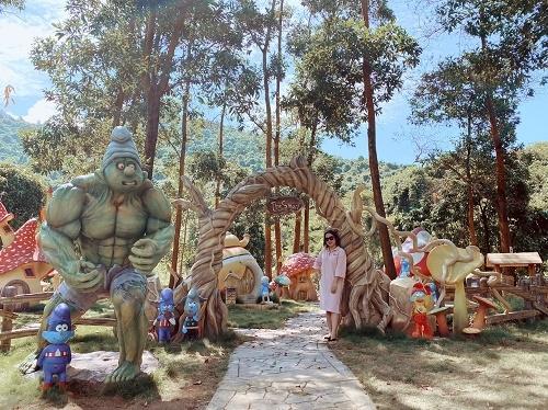 Tour Bạch Mã village 2 ngày 1 đêm